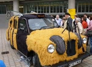 Bee bus
