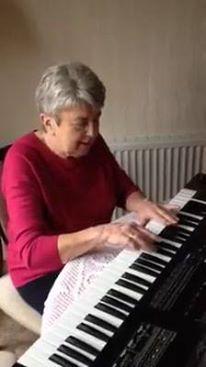 Mum piano